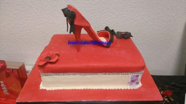 Gâteau thème C.Louboutin
