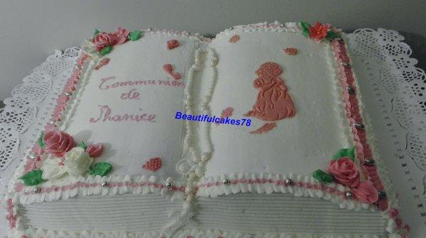 Gâteau antillais en forme de Bible