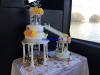 WEDDING CAKE avec des présentoirs gâteaux et la fontaine