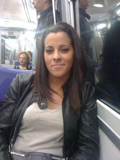 Anissa Mahboula  / AVEC TOI ... (2010)