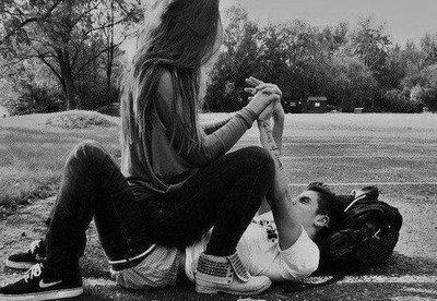 « Quand s'était le cas, lui il était là pour toi et maintenant qu'il ne vas pas bien, tu ne vois que ton bonheur. »