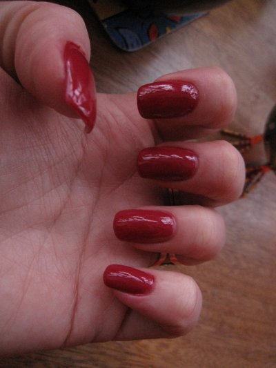 essie very cranberry