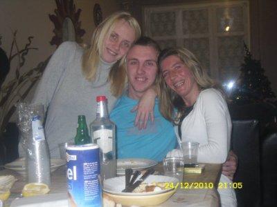 cindi ,fred et moi le24/12/2010