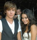 Photo de Zac-And-Vanessa-love-18