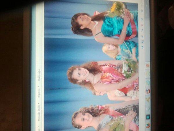 Mes filles au défilé de miss pays de charleroi