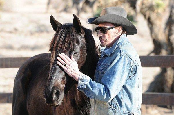 Johnny Hallyday avec un cheval (2/2)