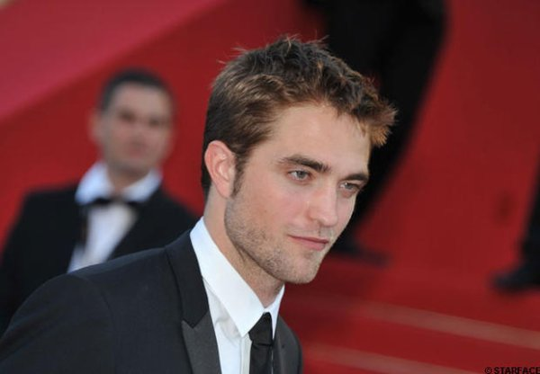 Cannes 2012: Robert Pattinson critique Twilight