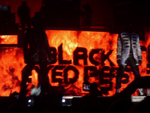 BLACK EYED PEAS ! <3