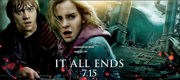 . Une bannière vient d'être dévoilée par la Warner Bros nous montrant Ron Weasley et Hermione Granger ! Je trouve cette bannière vraiment belle, montrant mon couple favori d'Harry Potter ♥ . L'affiche définitive d'Harry Potter et les Reliques de la Mort - Partie 2 est enfin dévoilée ! Ce poster est beau, mais j'ai l'impression de voir un mannequin a la place de Ron. Il n'est pas naturel ! .