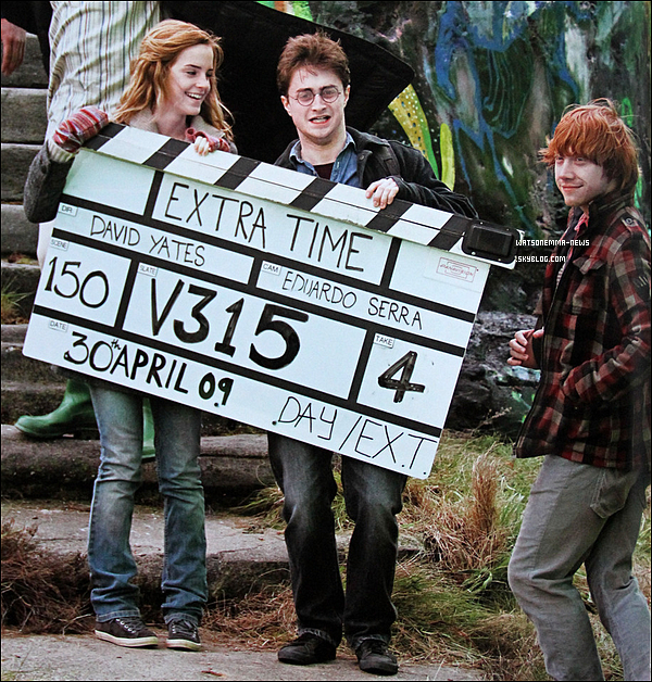 . Peu de nouvelles d'Emma, mais heureusement des photos de tournages de HP sont enfin dévoilées !  .
