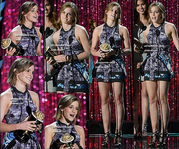 . 03/06/12 : Emma était présente à la cérémonie des MTV Movie Awards, avec ses co-stars de TPBW! Je trouve que Emma est plus que magnifique! J'adore sa robe, qui est très originale, ainsi que ses cheveux laissés naturels pour cette fois-ci! .
