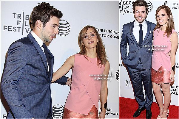 .  21 avril : Emma soutenant son ami au Festival de Tribeca ou il présentait son film « Boulevard » ! Cet homme est Roberto Aguire, son meilleur ami. Souvenez-vous. Ils sont comme toujours très complices !  .