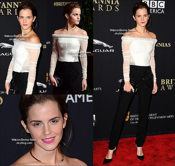 .   30/10 : Emma était présente aux Britannia Awards à la ville de Los Angeles pour y recevoir le prix de La meilleure artiste de l'année, un grand honneur ! Ce prix est vraiment un grand honneur, je suis très fière d'elle ! De plus, j'adore sa tenue, et elle était très souriante durant la soirée ! .