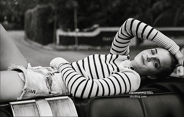 . Emma nous a fait un beau photoshoot pour le magazine Porter, les photos viennent de sortir ! .