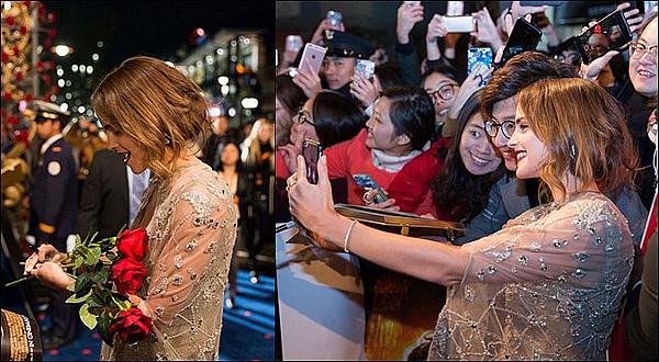 . 27 février : Emma était cette fois-ci à la première de La Belle et La Bête dans la ville de Shangai ! J'ai eu un coup de c½ur en voyant ses images : sa robe est parfaite et ses cheveux carrés lui vont bien ! Ça fait plaisir de la voir aussi heureuse.  .