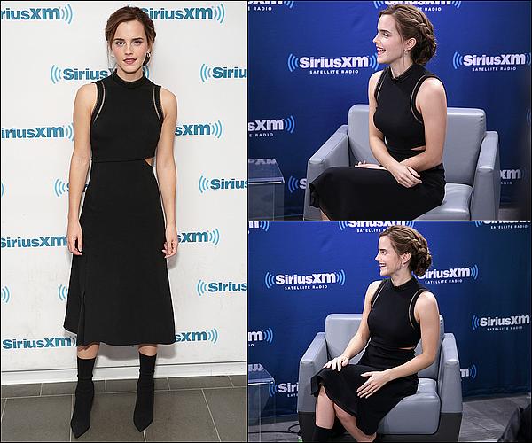 . 10 mars : Toujours à New York, Emma a fait une interview pour la radio de Entertainment Weekly. J'adore quand elle a les cheveux attachés, ça lui va toujours très bien ! Elle est toute jolie, comme toujours habillée de noir !  .