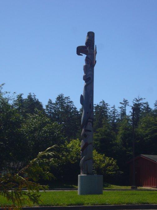 Totem HaÏda le long de la cote nord ouest !