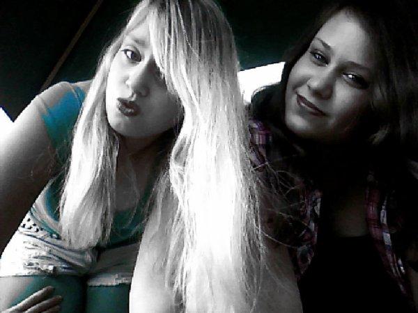 ma grande soeur et moi <3 <3