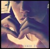 Une petite Présentation de mon idole  , Justin Drew Bieber