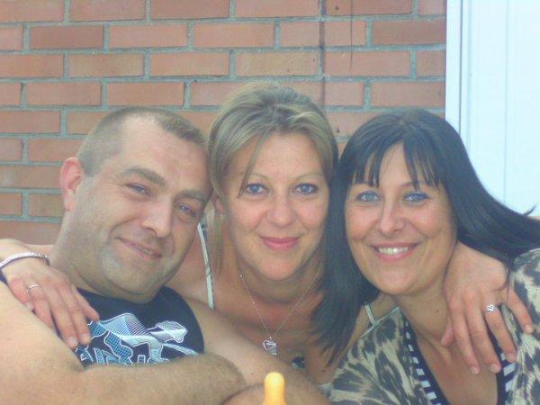 moi mon chéri et ma soeur