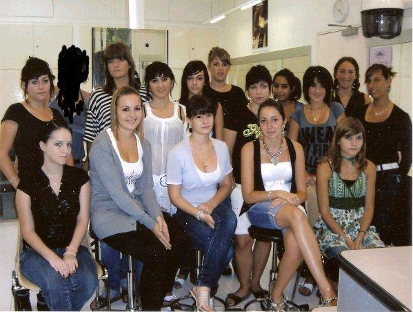 Classe de CAP Coiffure 1A Lycée CLOVIS-HUGUES - Auureliie-x33