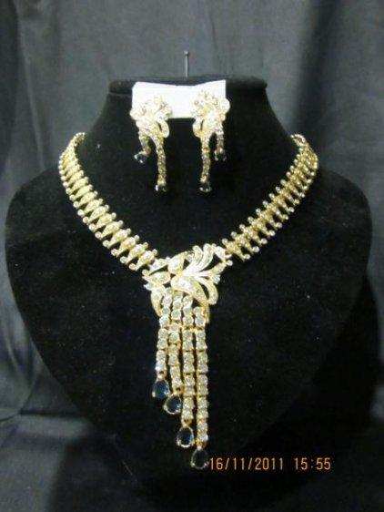 La vente de bijoux et d'or Dore Gold Conseil, pierres prcieuses, collier, de traditionnel et, DORE Meskia, bracelets