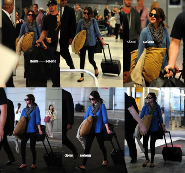 Selena Gomez: arrivant à l'aéroport JFK de New York