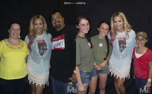 Demi Lovato: Meets & greets à Vienna, VG