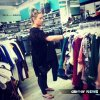 Demi Lovato: faisant du shopping le 1 Août