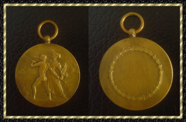 ۞ Médaille française en bronze ۞