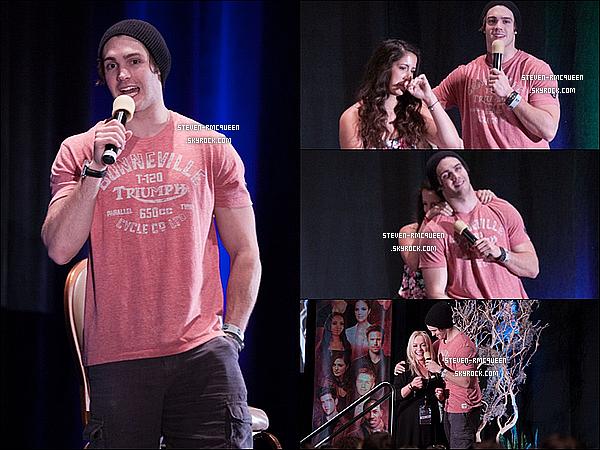 12 au 14 sept 2014 : Steven& les autres acteurs ont été à la convention de TVD à Las Vegas.