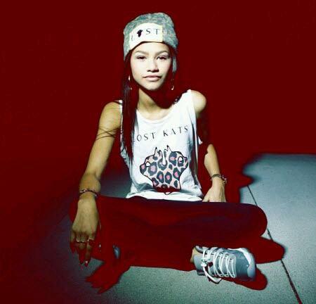 Zendaya (by Miss Fashion)