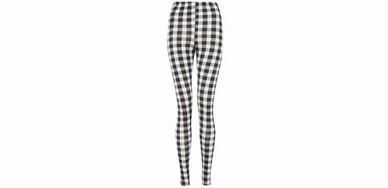 Les leggins ! (par Miss Sadique)
