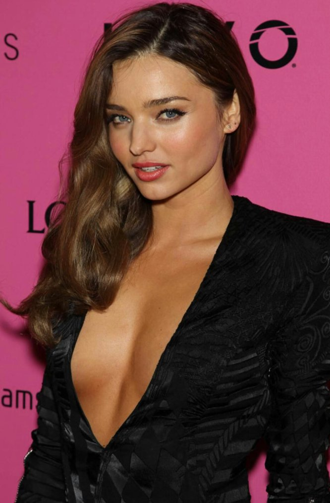 Miranda Kerr(by Miss Fashion)