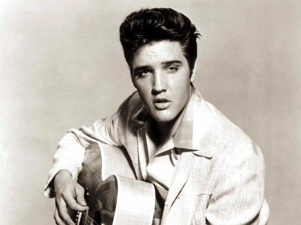Elvis PRESLEY- Blues suede shoes