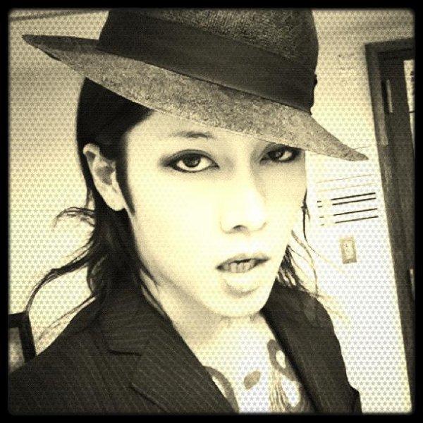 Miyavi!! ♥♥♥♥ (/♥.♥)/