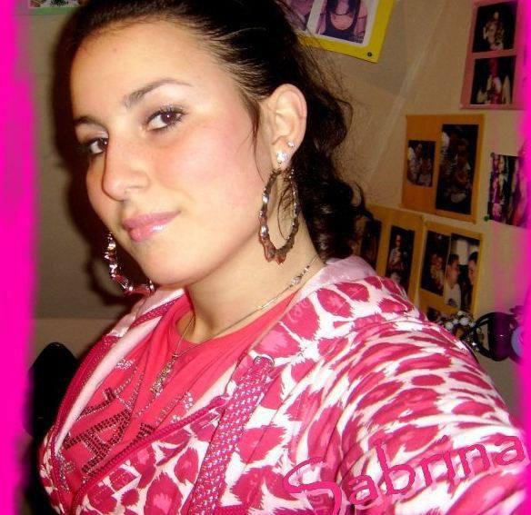"""facebook Sabrina Chagralovee"""