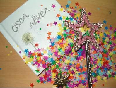 Bonne Année 2011 ★ Santé ★ * Bonnes Fêtes  ★Prospérité * ★ Joie  *★ ★ Argent 2011*★ Amour  ★ Amitié ★ ★ Bonheur ★ Bisous ♥