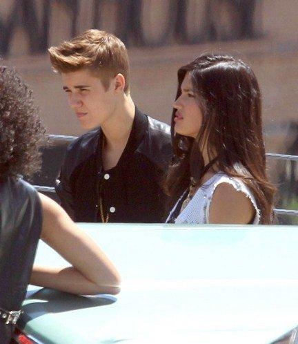 Justin ne lâche plus Selena !