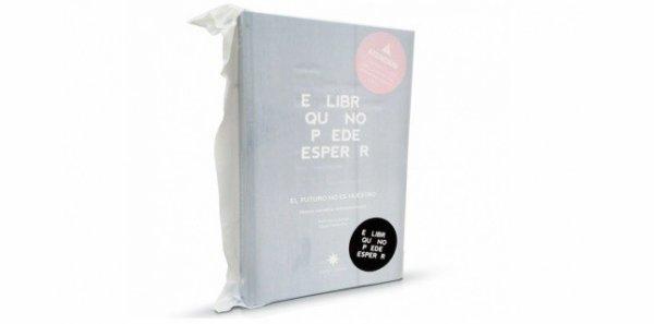 Voici le livre dont l'encre disparaît deux mois après son ouverture