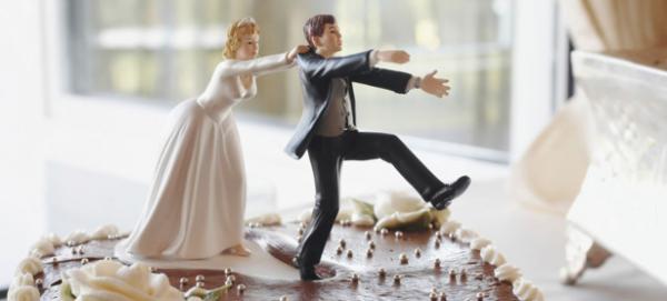 Il demande le divorce le soir même de la cérémonie de mariage