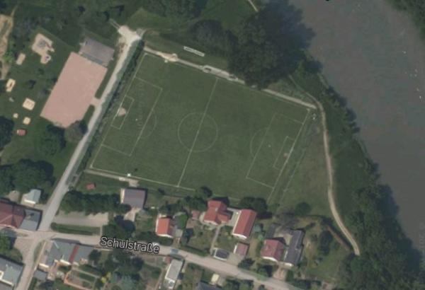 Le terrain de foot le moins rectangulaire au monde