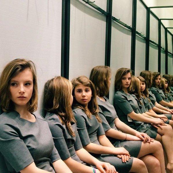 Combien de filles voyez-vous sur cette photo ?