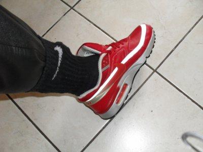 Air Max BW rouges fute en cuir et cho7 Nike noires