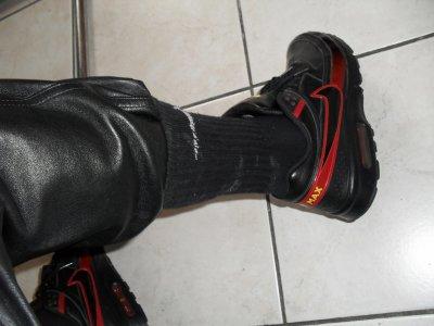 Air Max BW noires fute en cuir et cho7 Nike noires