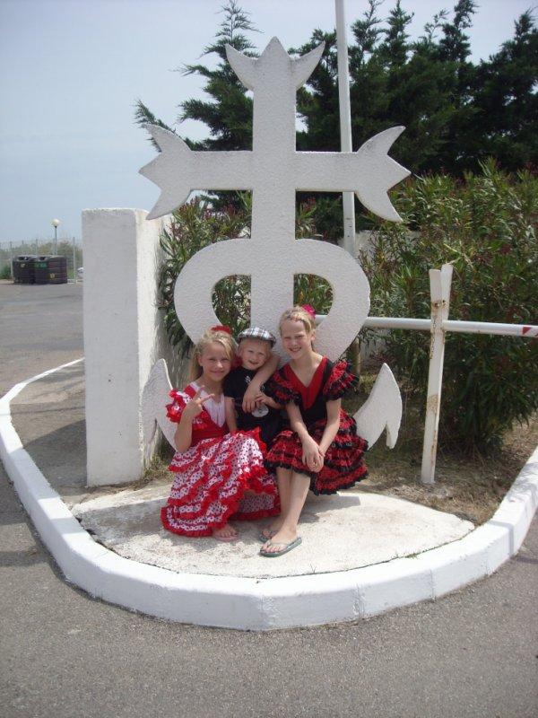 Moi et ma soeur et mon petit frere je vous s aime trop <3