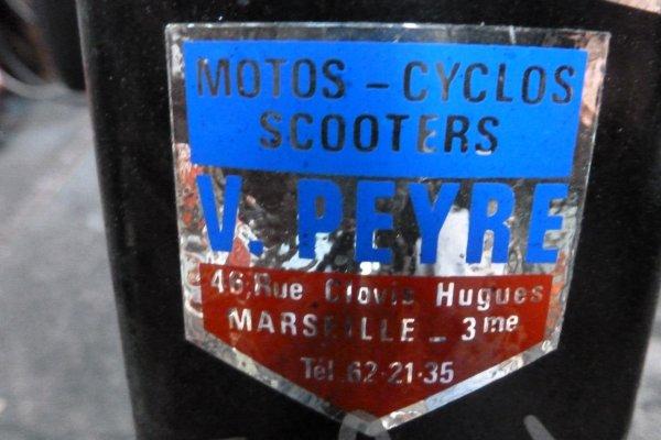 ECUSON ET DECALCOMANIE DE DIFFERENT CYCLES.............