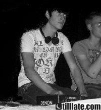 DJ Nicotix (son electro )