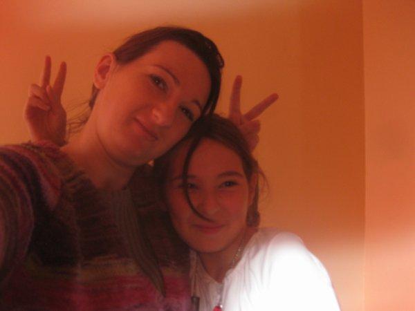 ma tite chieuse de soeur et moi !!!
