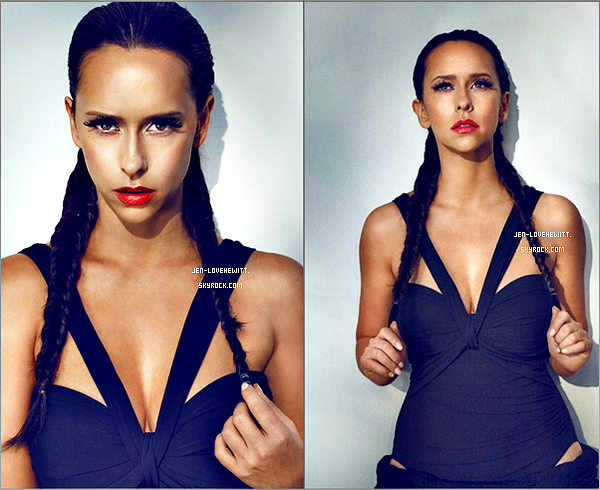 #Jennifer a était photographiée par le magazine Bwatt pour faire également la couverture du magazine.#